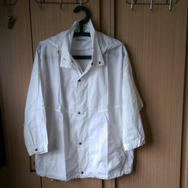 正韓co&co韓國製白色連帽外套