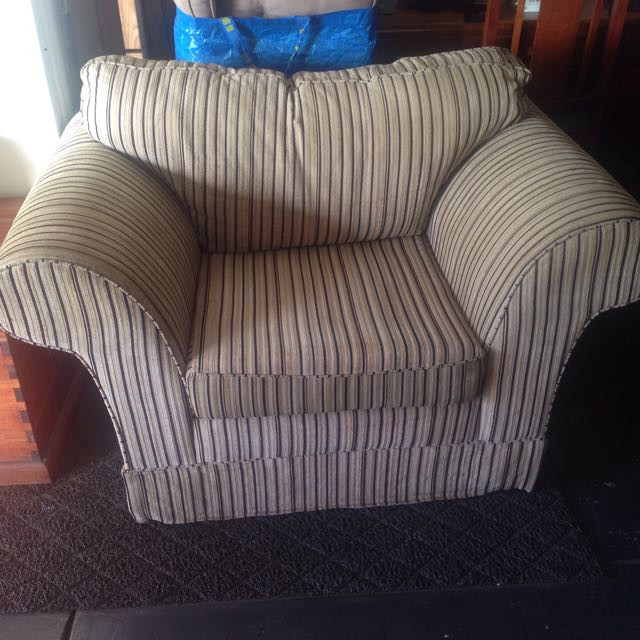 Extremely Comfy Lounge Chair