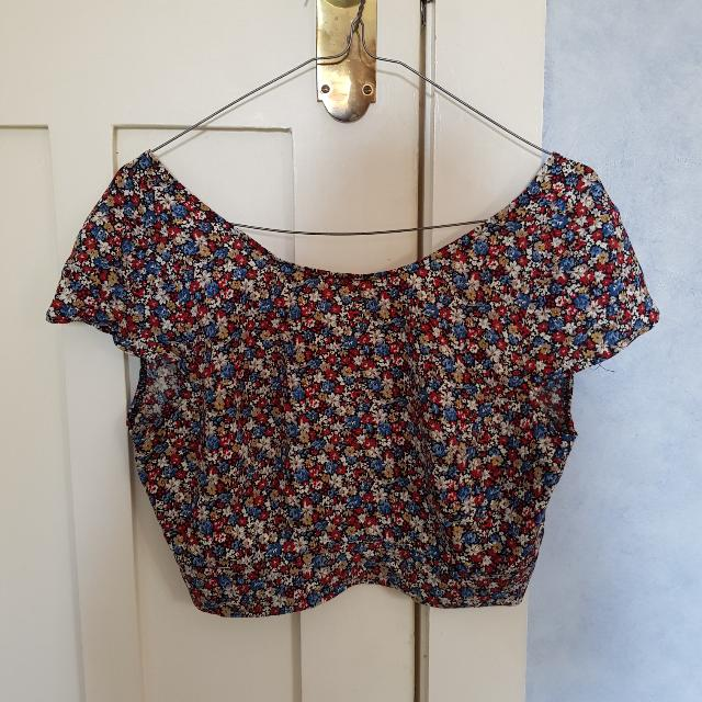 Floral Backless Cropped Top