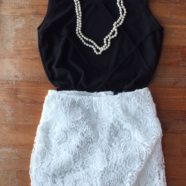 ✔️H&M White Crochet Lace Skirt