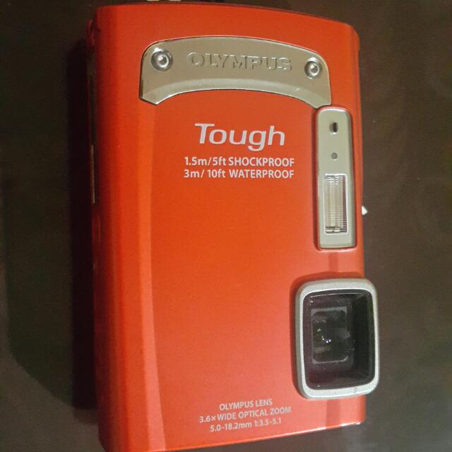 Olympus Tough TG-320 Waterproof Camera