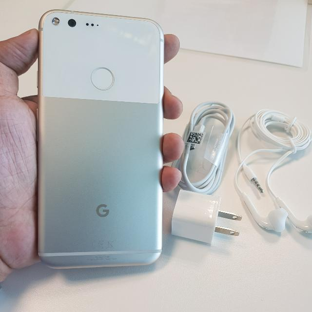 Rare Google Pixel XL 128gb Almost Bnew 100% Smooth