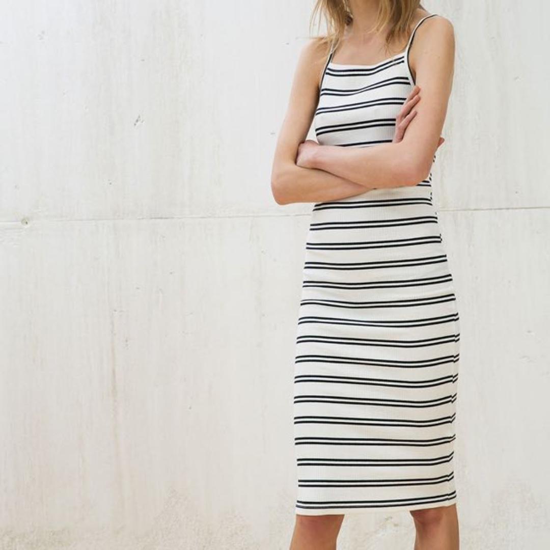 ‼️SALE ‼️🆕 Bershka Strappy Halter Neck Ribbed Dress