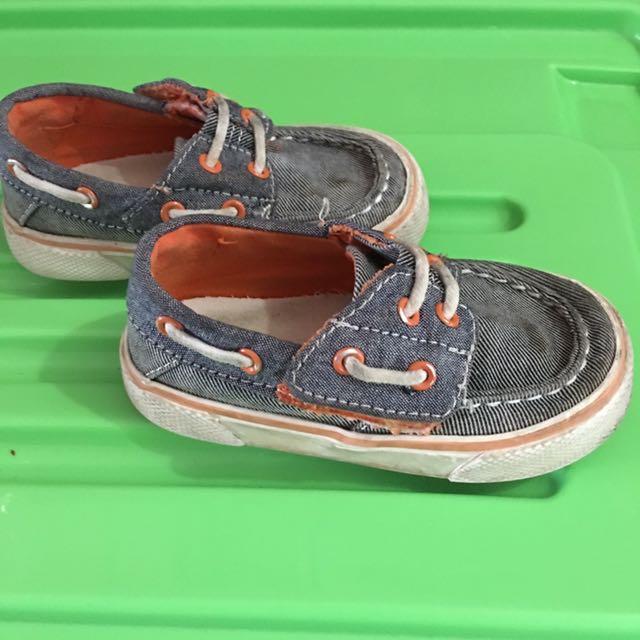 Sepatu Anak Merk Osh Kosh