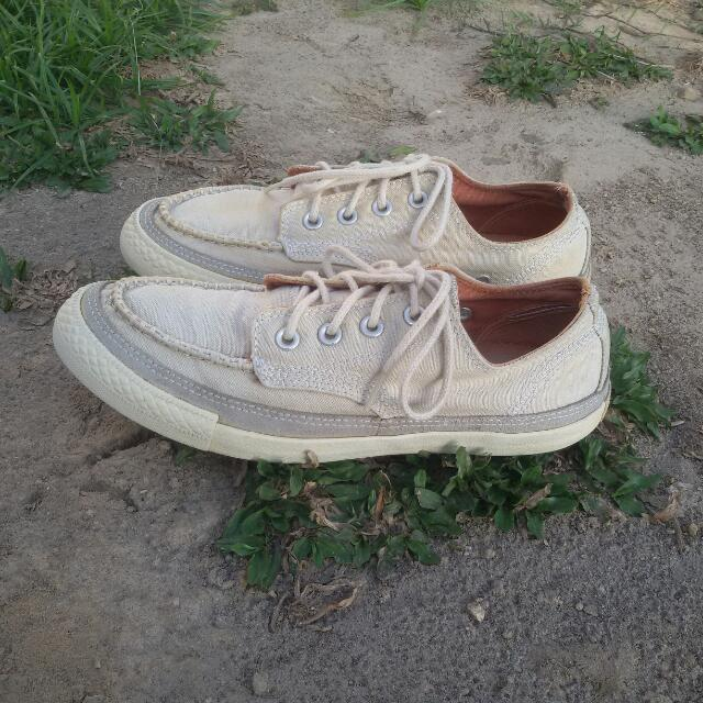 Sepatu Converse All Star Low Canvas Second Bekas Import 7f6afab5f0