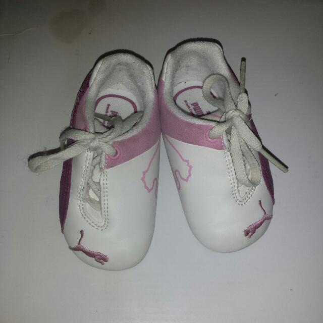 Toddler Puma Sneakers. Size 5