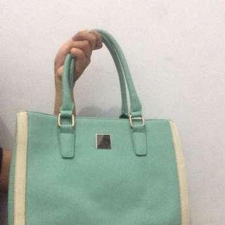 Import Bag Mint