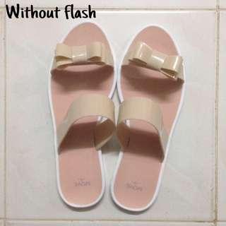 #bajet20 FREE POSTAGE Pink Sandals (BRANDS OUTLET)