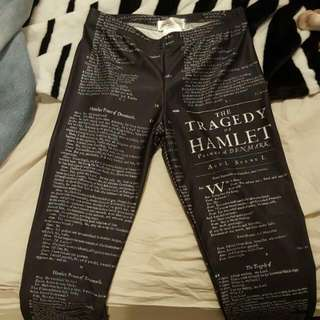 Hamlet Script Leggings - Size Medium