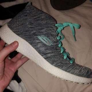 Skechers Air Cooled Memory Foam Knit Sneakers - Sz 8.5b