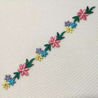 Iron On & Stick On Trim/ Applique   ↪ 6 Inch Colorful Flowers 💐💐  💱 $3.50 Each Strip