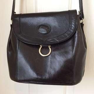 Cobb and Co vintage black leather bag