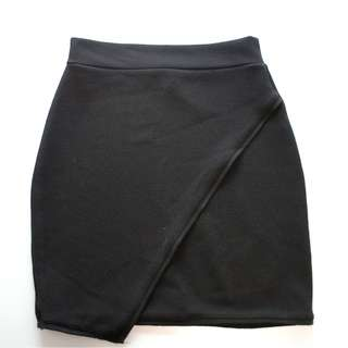 Black casual mini skirt