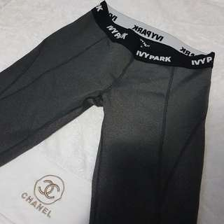 Ivy Park 3/4 Low Rise Leggings Size M