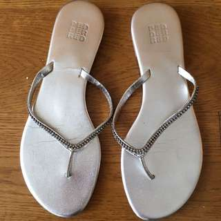 Pedder Red Thong Sandals With Crystals Silver Sz 36