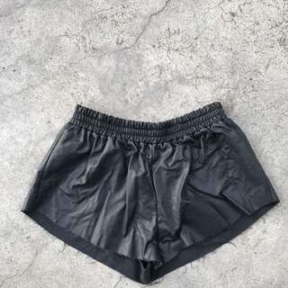 Rumor Leather Look Shorts