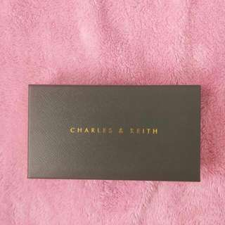 Dompet Charles & Keith New