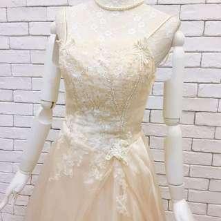 新娘秘書 新娘外拍創作香檳色禮服婚紗 演出表演