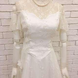 細肩一字領性感婚紗禮服大拖尾外拍創作新娘秘書