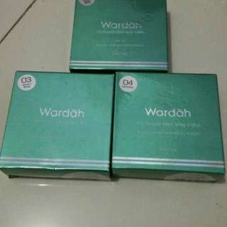 Wardah Bedak Exclusive Two Way Cake