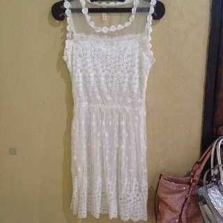 White Dresss