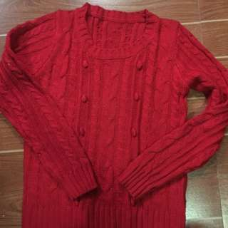 red pull over no brand size small