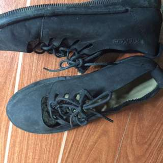 kickers doll shoes size 6 needs cleaning repriced
