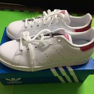 Adidas經典stan smith