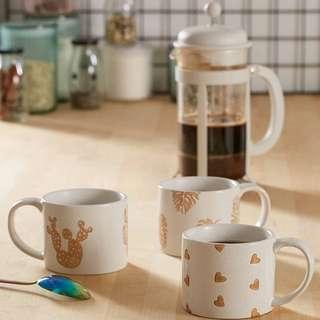 ceramic wax resist mug