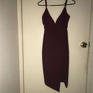 BURGANDY DISSH DRESS