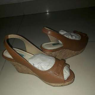 Wedges CKLARINA