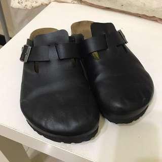 23號 拖鞋