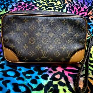 🔥Authentic LOUIS VUITTON Mini Marlyn Dragonne  Clutch Bag..