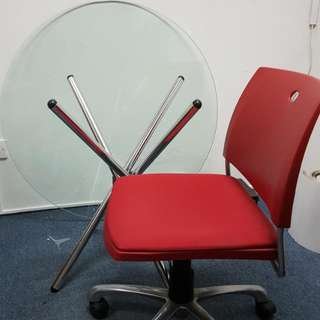 Glass Top 3.5ft With Three Red Office Chairs
