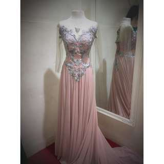 PRE-NUP GOWN FOR RENT