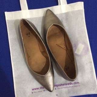 H&M pointed shoe