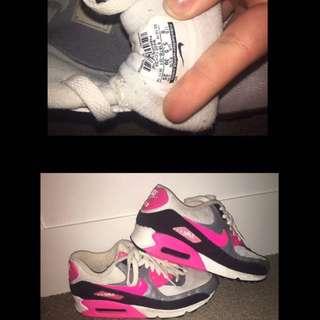 Nike Air Maxs