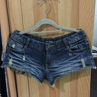 超短露口袋牛仔短褲