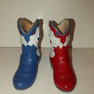 #家飾出清 有趣彩陶牛仔靴(含運300元)
