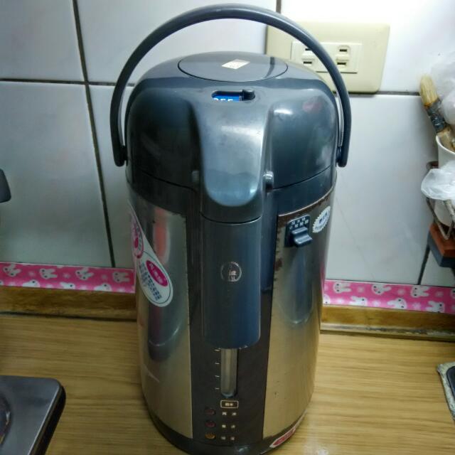 電熱水瓶(免運費)
