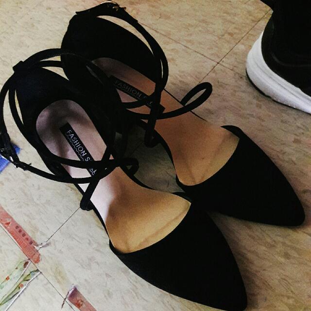 24.5 黑絨布 粗根綁帶高跟鞋