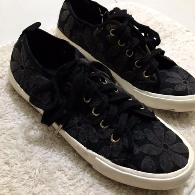 7c26a83632 Aldo Black Sneakers with Floral Accent, Women's Fashion, Shoes on ...