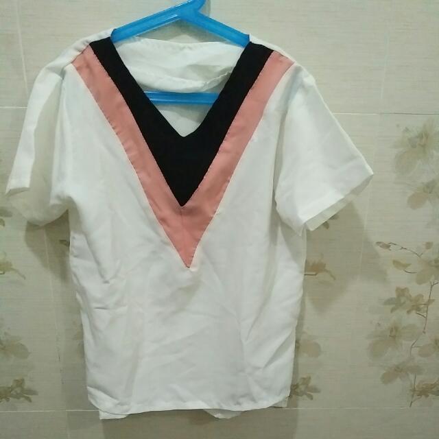 Atasan Korea Triangle Tricolor