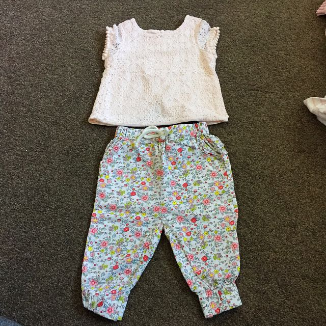 Baby Girl Outfit Size 6-12 Months