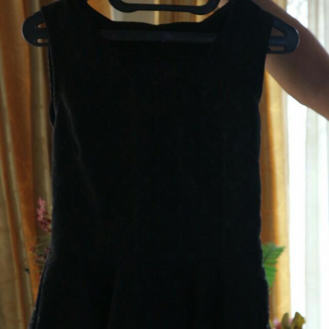Baju Hitam Murah