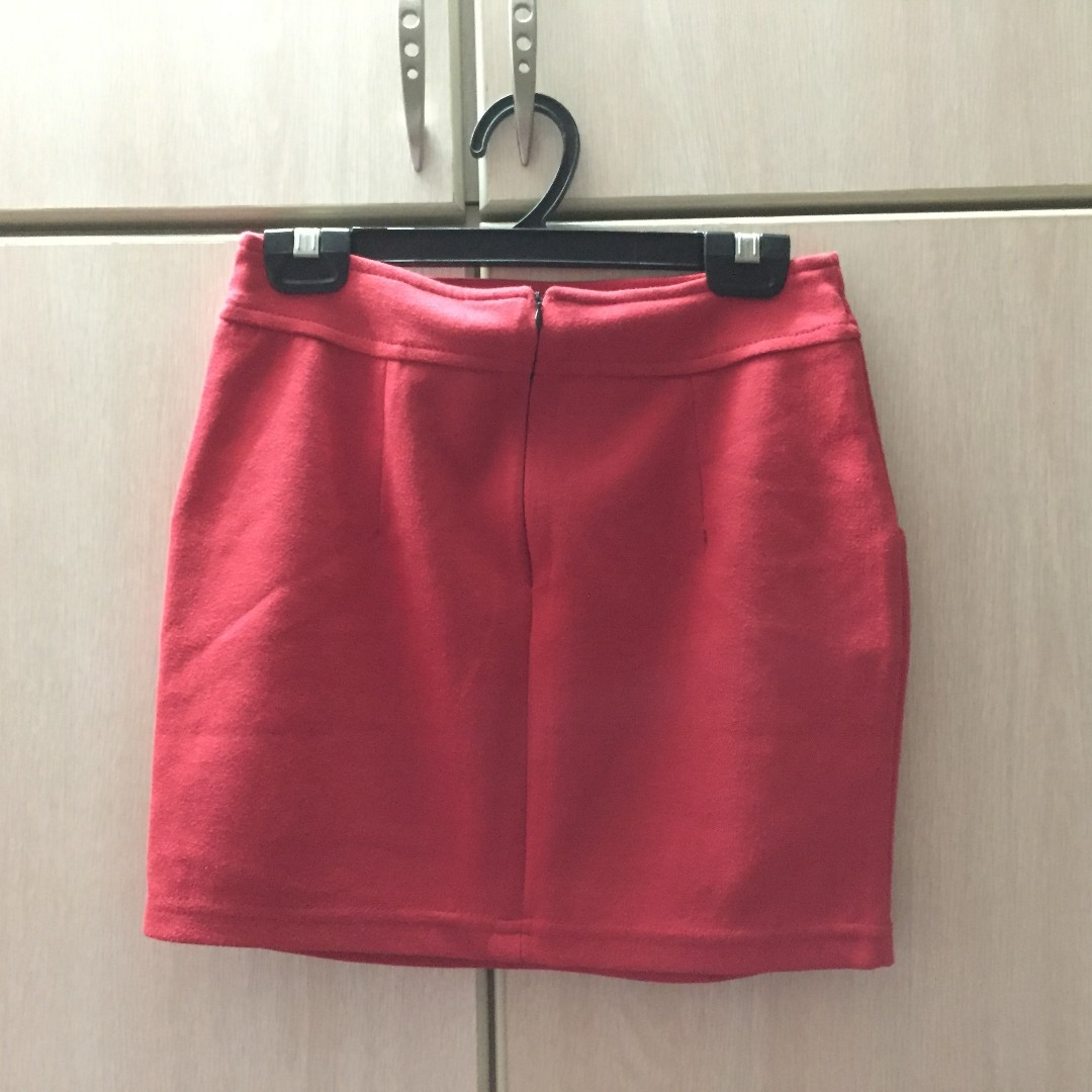 776829159d Basic Thick Wool Korean Red Mini Skirt - UK6-8, Women's Fashion, Clothes,  Pants, Jeans & Shorts on Carousell