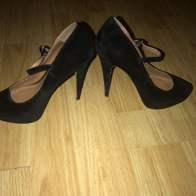 Black Rhinestone Heel, Size 9