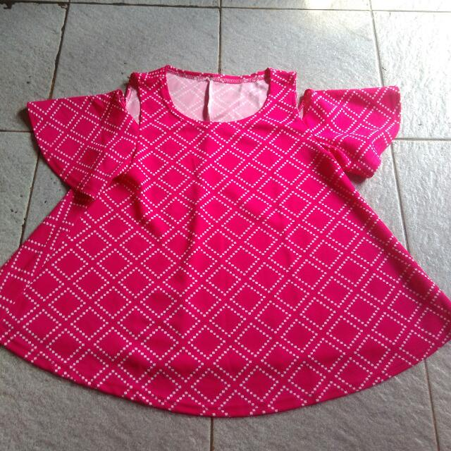 Blouse Off Shoulder Pink