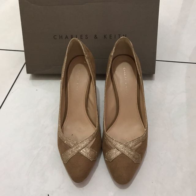 Charles & Keith Pump Shoes Heels Covered