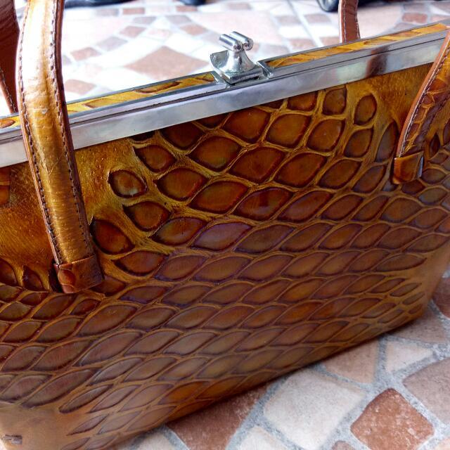 Sale!!!Croco skin clutch hand bag